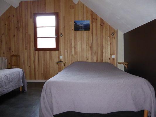 chambre familliale 2 lits 1
