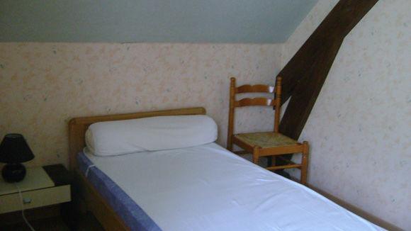 chambre-trescazes-sazos-HautesPyrenees