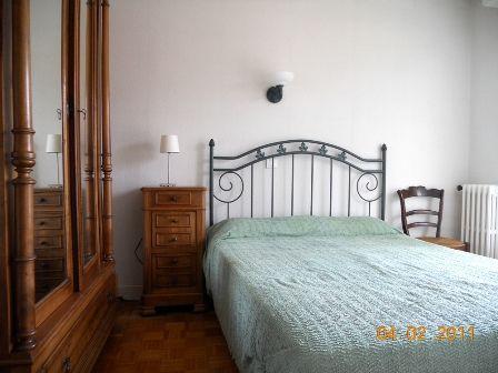 chambre1-arribet-argelesgazost-Hautes Pyrenees.jpg