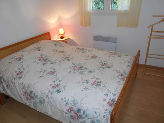 chambre1-boulogne-esquiezesere-HautesPyrenees