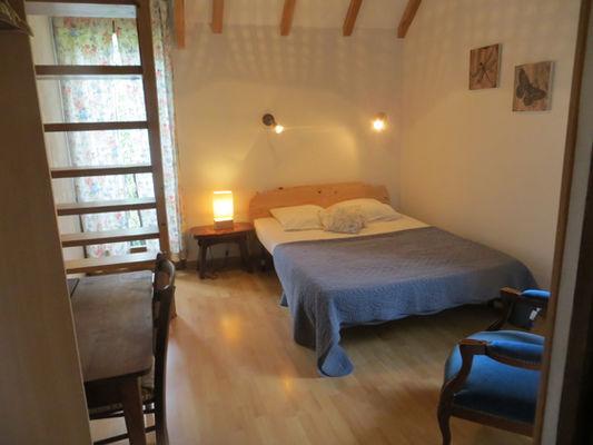 chambre1-grangeaubois-viella-HautesPyrenees