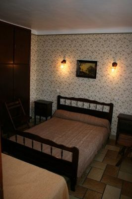 chambre1-llodralucrecia-laubalagnas-HautesPyrenees