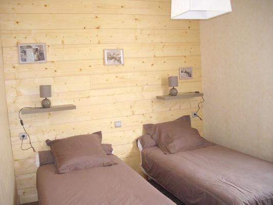 chambre2-castagne-grust-HautesPyrenees