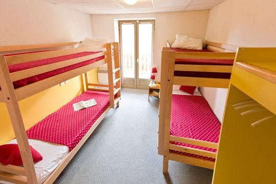 chambre2-hameaurollot-bareges-HautesPyrenees