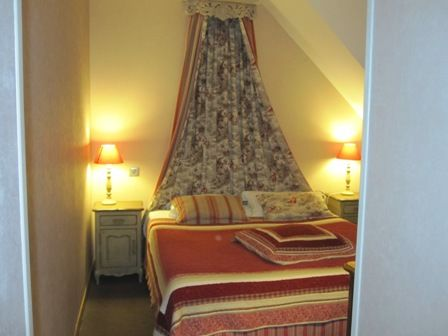 chambre2-hotelleviscos-saintsavin-hautespyrenees