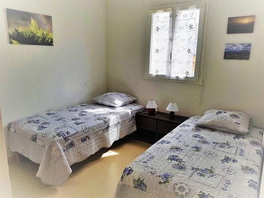 chambre2-lepine-argelesgazost-HautesPyrenees