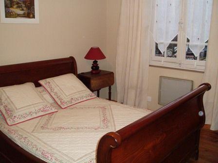 chambre2-longo-argelesgazost-HautesPyrenees