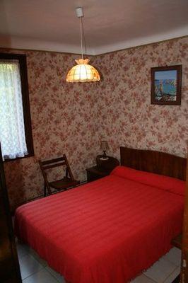 chambre2-llodralucrecia-laubalagnas-HautesPyrenees