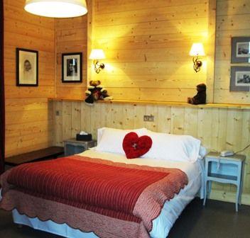 chambre3-hotelArrieulat-argelesgazost-HautesPyrenees