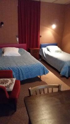 chambre3-hoteldelaposte-bareges-HautesPyrenees