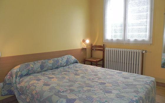 chambre3-llodra-argelesgazost-HautesPyrenees