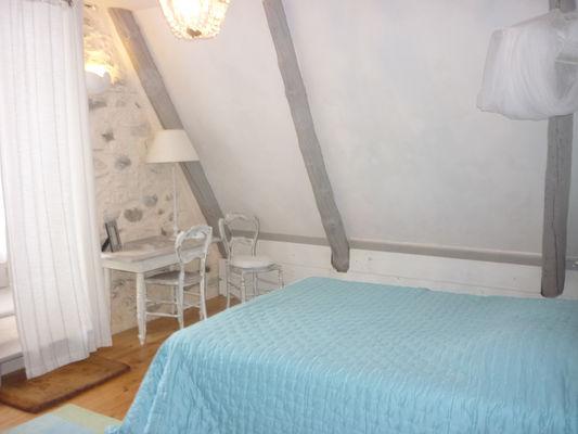 chambre4-dubie-arrensmarsous-HautesPyrenees