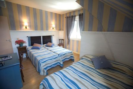 chambre7-hotelbonrepos-jarno-argelesgazost-HautesPyrenees.jpg