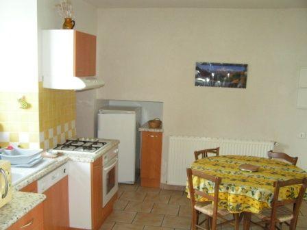 cuisine-vignesmarc5-laubalagnas-HautesPyrenees