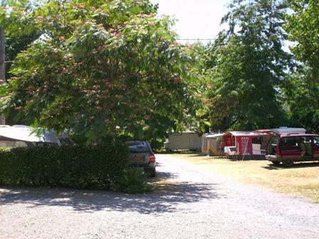 emplacement-campinglehautacam-prechac-HautesPyrenees.jpg