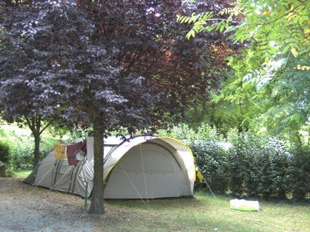 emplacementtente-campinglehautacam-prechac-HautesPyrenees.jpg