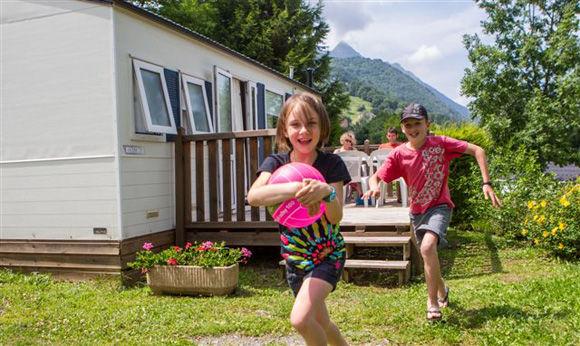 enfants-pyrenevasion-sazos-HautesPyrenees