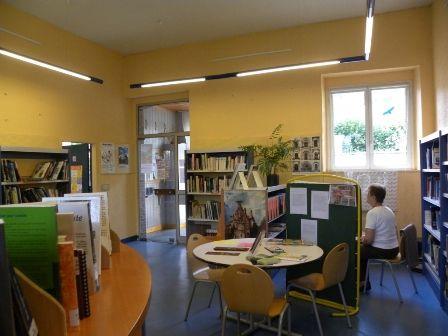 espacelecture2-bibliotheque-argelesgazost-HautesPyrenees