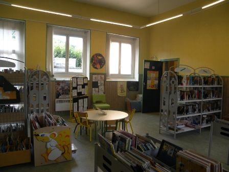 interieur-bibliotheque-argelesgazost-HautesPyrenees