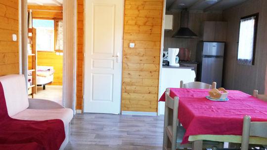 interieurchalet-campingdulac-arcizansavant-HautesPyrenees
