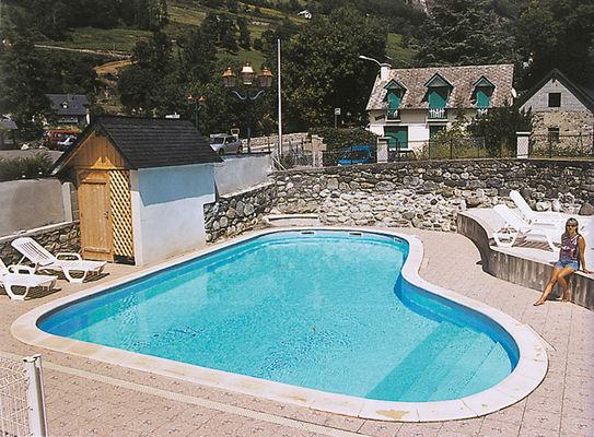piscine-theil-esterre-HautesPyrenees