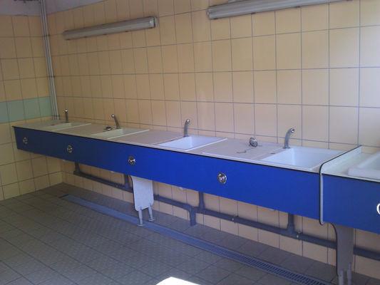 sanitaire-bergerie-gavarnie-HuatesPyrenees