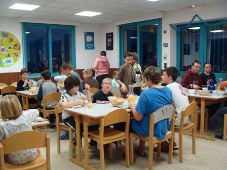 sallederestauration-centreaccueil-uz-HautesPyrenees