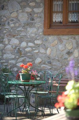 salondejardin2-hotelbonrepos-jarno-argelesgazost-HautesPyrenees.jpg