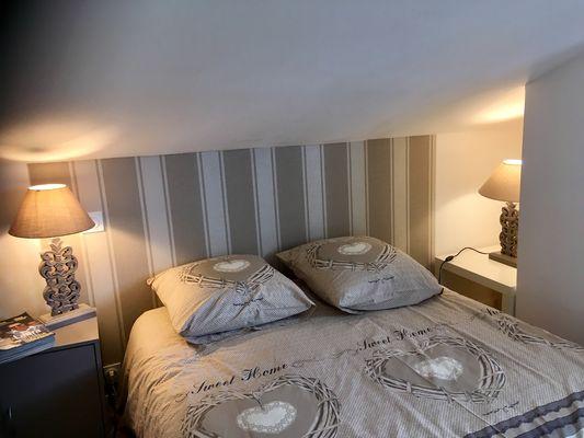Chambre Lit double, Lit 140, éventuellement lit Bébé et lit 90 x200 adulte