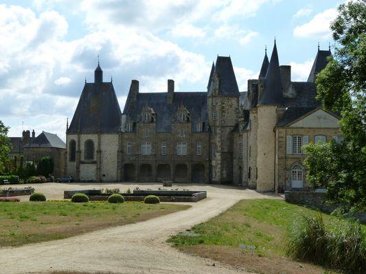 PCU53-Chateau-du-rocher-1