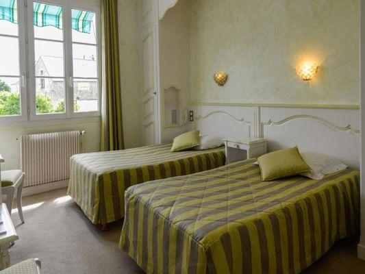 HOT53-Hôtel du Commerce-Vaiges-1