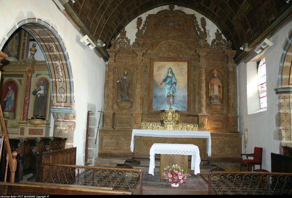 Intérieur-Retable Eglise de Crennes-sur-Fraubée
