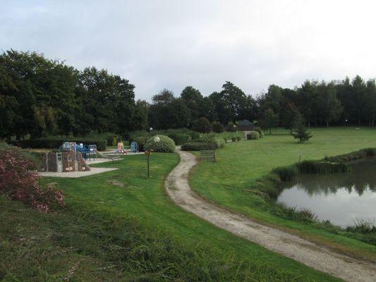 aire-naturelle-de-camping-fougerolles-du-plessis-53-loi-3