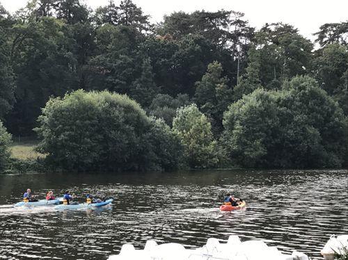 canoes famille rivière détente mayenne ménil