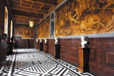 Galerie de Pharsale, Château d'Ancy le Franc