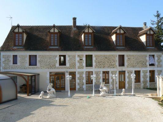 1345279710-le-manoir-chapelle-new-zoom