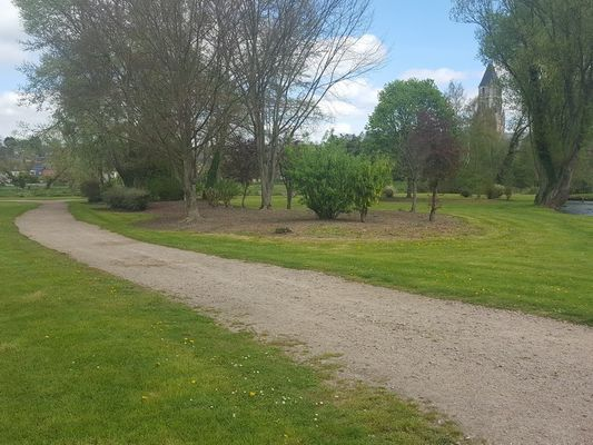 Aire camping-cars Parc des loisirs Orbec Environnement