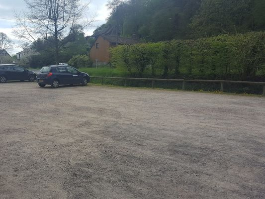 Aire camping-cars Parc des loisirs Orbec Parking