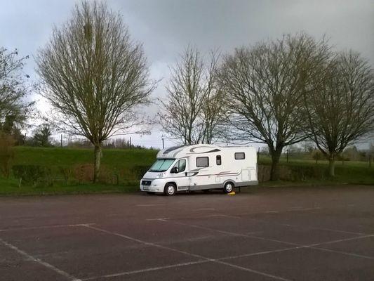 Aire de camping car Communale de CAMBREMER 1 (1)
