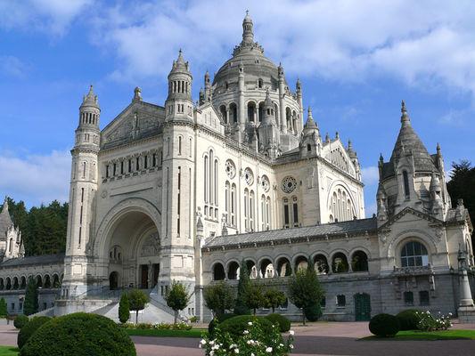 Basilique Sainte-Therese de Lisieux