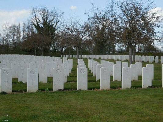 Cimetiere militaire britannique - Saint-Désir - Lisieux (3)