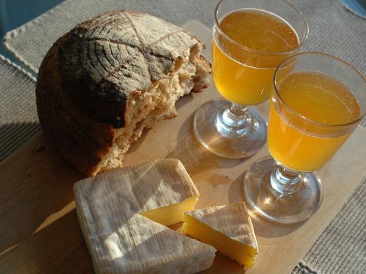 Cidre et fromage de Normandie