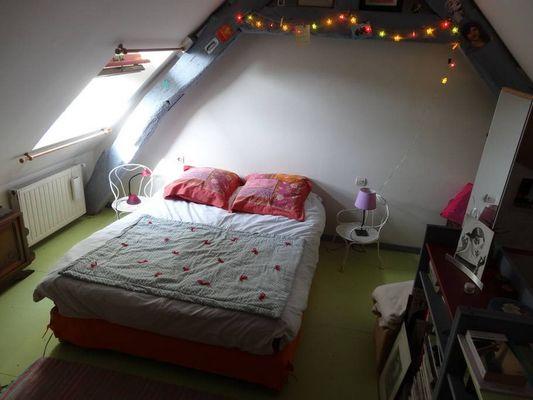 Delphine Zangs Chambre d'hôtes à Glos prés de Lisieux chambre avec lit double