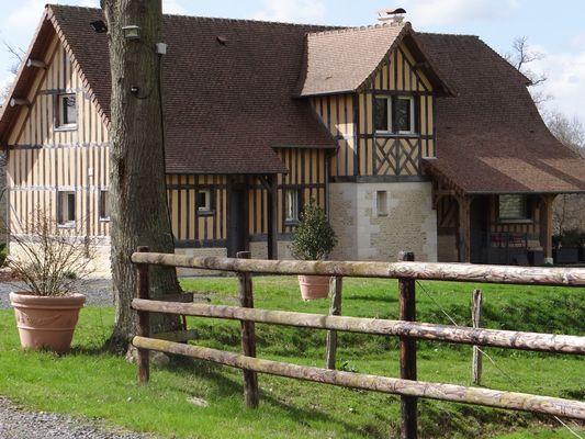 Domaine des Monts Flambards Chez Patricia Roselier Gite à Saint-Martin-de-la-Lieue Maison