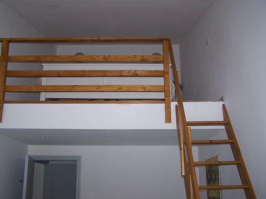 Gite-du-Haras-St-Martin-de-Bienfaite-chambre-2--acces-mezzanine