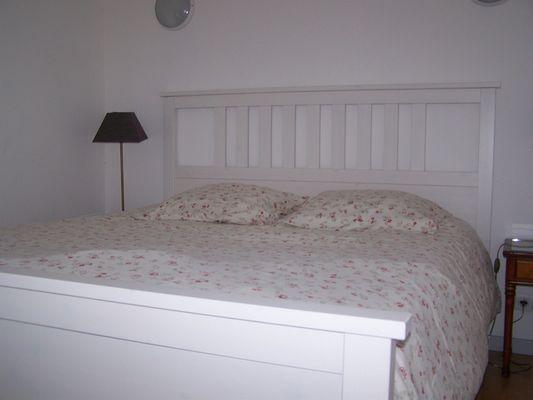 Gite-du-Haras-St-Martin-de-Bienfaite-lit-de-la-mezzanine-chambre2