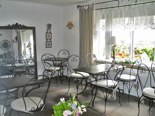 Hotel St Louis à Lisieux - petit déjeuner