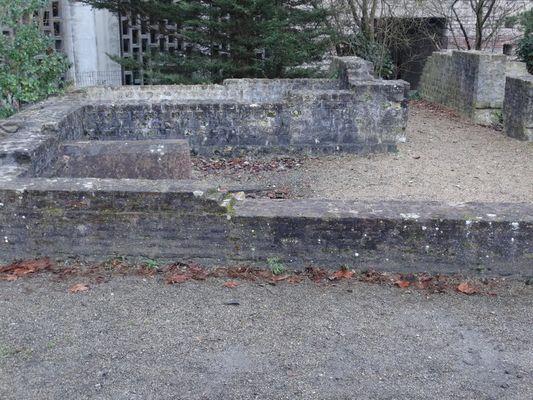 Jardin archéologique Lisieux (5)