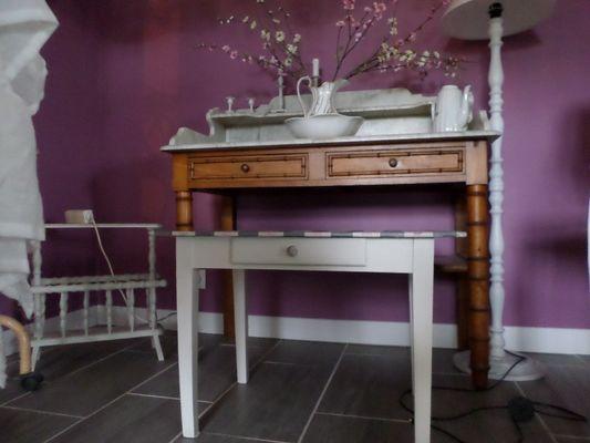 L'Atelier de Patricia à Saint-Germain-de-Livet meuble en bois