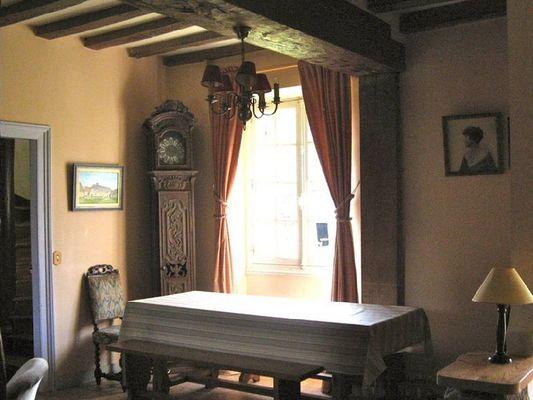 La Ferme du Chateau de Courtonne - gite - Philippe Gurrey - Fauguernon (salle)